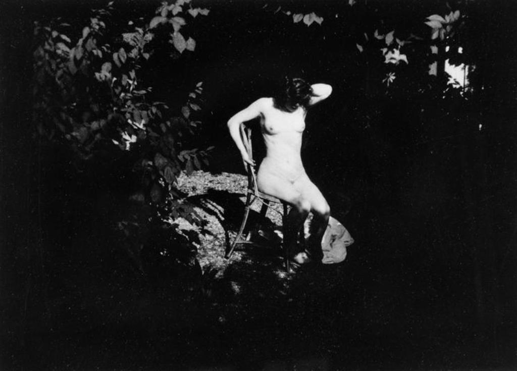 pierre-bonnard-1900-1901-jardin-de-montval-marthe-bonnard-rmn1